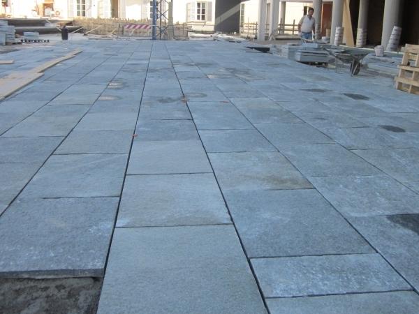 Pavimento In Pietra Naturale : Pavimentazioni con lastre di pietra naturale europietre cuneo
